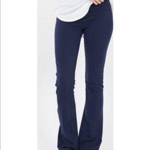 Pants - 💥NEW💥 Soft Yoga Pants in Navy
